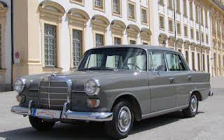 Mercedes 230 Heckflosse W110 Rent Bayern