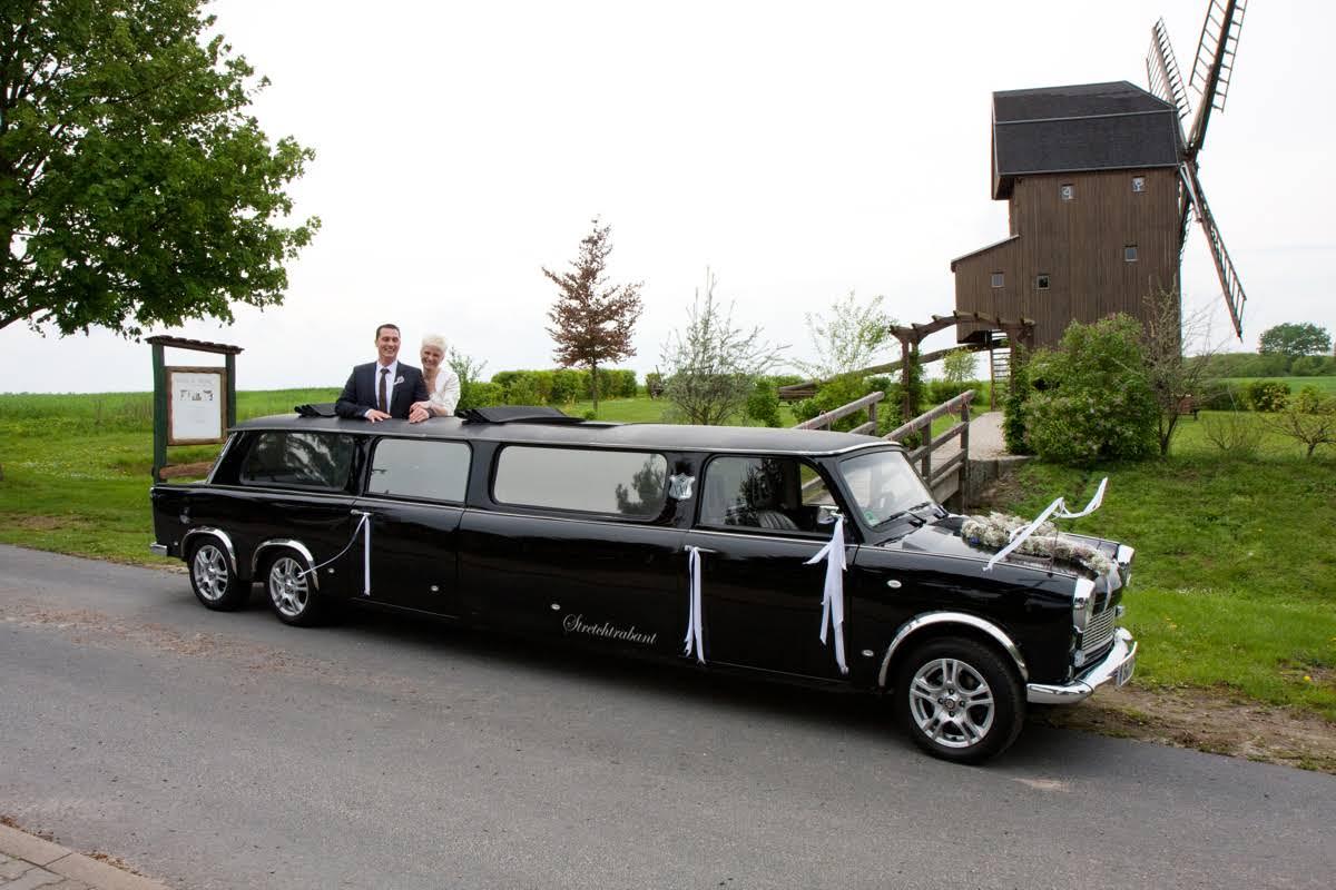 trabant xxl eigenbauten for hire in berlin bookaclassic. Black Bedroom Furniture Sets. Home Design Ideas