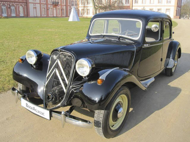 citroen 11 cv for hire in wiesbaden bookaclassic. Black Bedroom Furniture Sets. Home Design Ideas