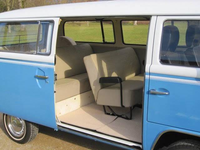 volkswagen bus t2 zur miete in wiesbaden bookaclassic. Black Bedroom Furniture Sets. Home Design Ideas