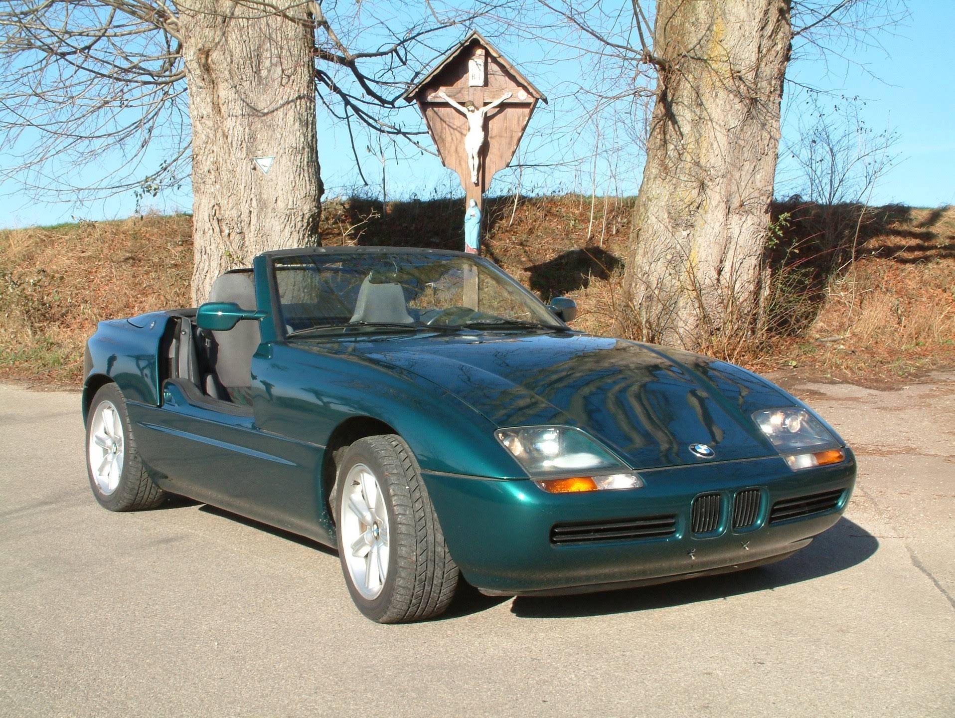 bmw z1 bookaclassic. Black Bedroom Furniture Sets. Home Design Ideas